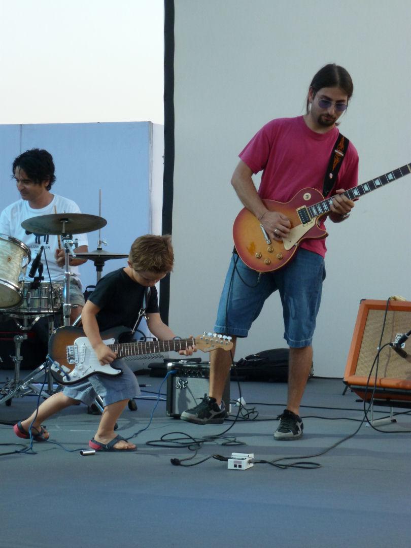 Vater_Sohn_Gitarre